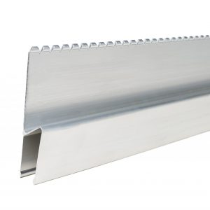 R103 - 1.2mtr Serrated Feather Edge Rule H Section